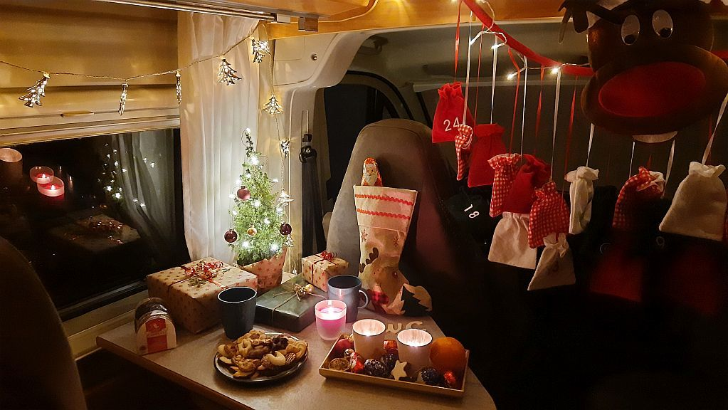 FreewayCamper Christmas in a Camper